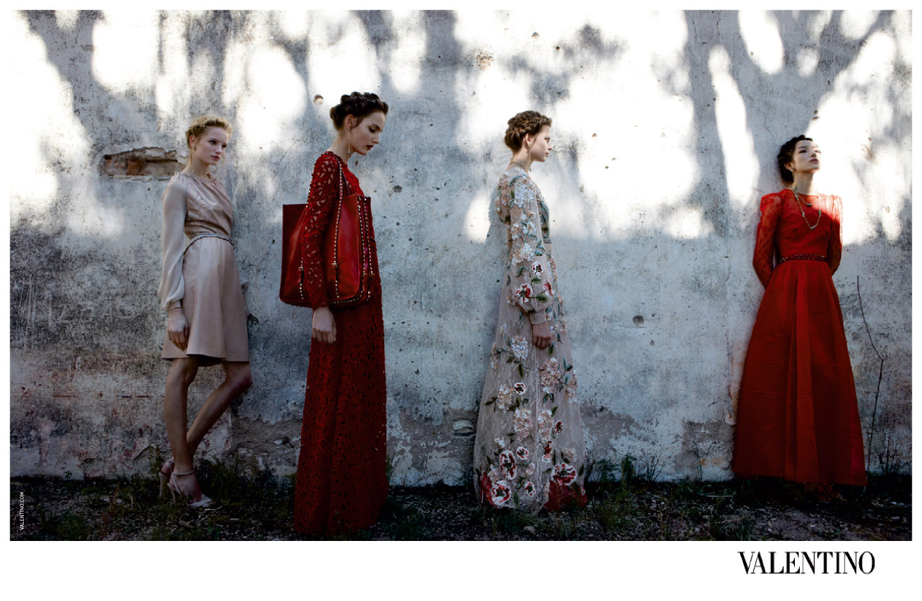 http://www.thefashionhive.com/wp-content/uploads/2012/06/valentino.jpg?9d7bd4