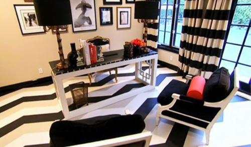 Kris Jenner Office Via. Julianne Moore Office Via